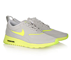 Nike Thea Grise Et Jaune